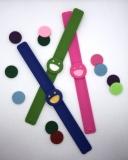 Schnapparmband für Kinder in grün, pink oder blau