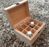 Holzbox zum Aufbewahren und Transportieren von Ölfläschchen
