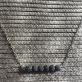 Halskette Aromatherapie kleine Lavasteine schwarz